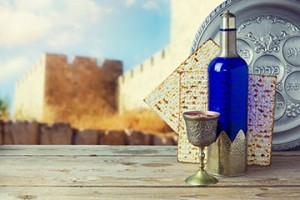 Passover-shutterstock_256152013