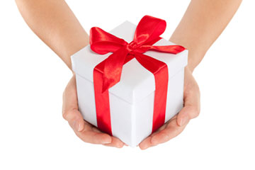 Giving-a-gift-tn